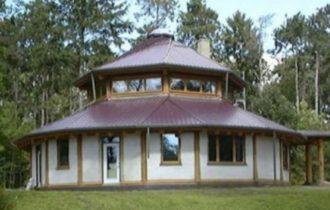 Kuća napravljena od konoplje
