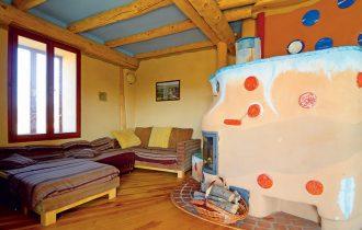 Inspirativna ekološka kuća od drveta, slame i gline u Moravskoj, Češka