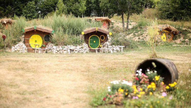 Crobbiton, hobit kuće u srcu Velebita
